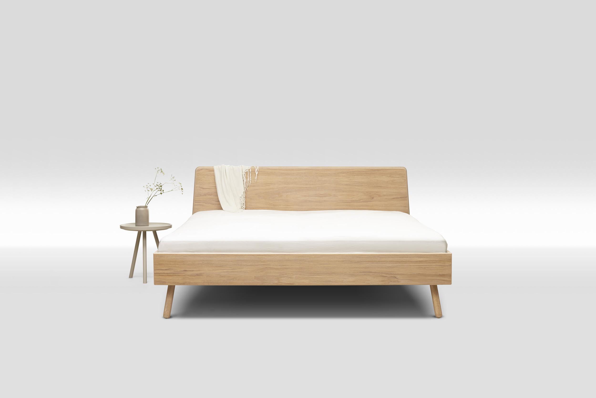 nat rliches bett aus gesundem holz interiorpark. Black Bedroom Furniture Sets. Home Design Ideas