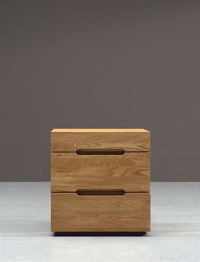 kommode aus nat rlichem holz ge lt interiorpark. Black Bedroom Furniture Sets. Home Design Ideas