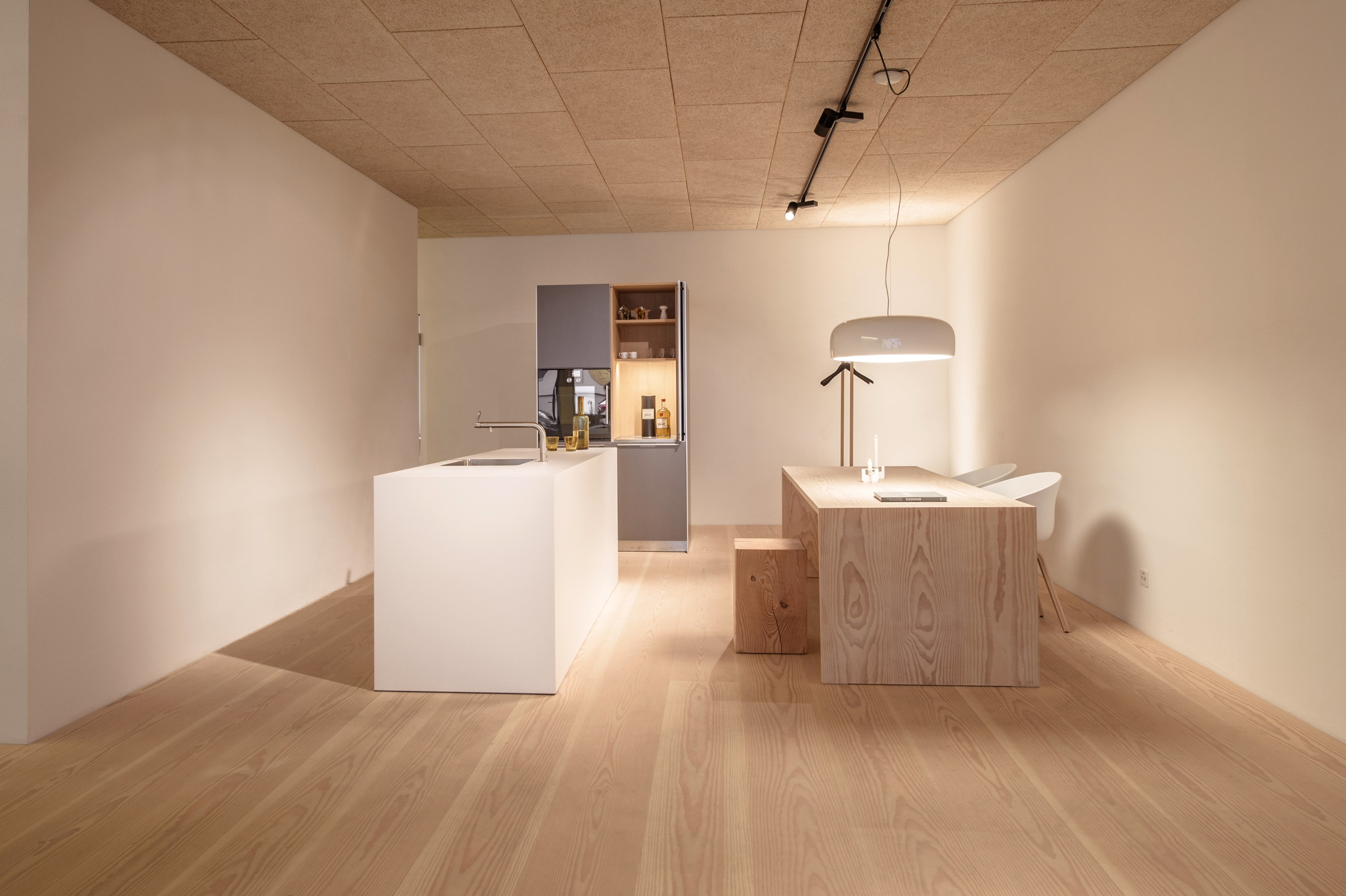douglasie interiorpark. Black Bedroom Furniture Sets. Home Design Ideas