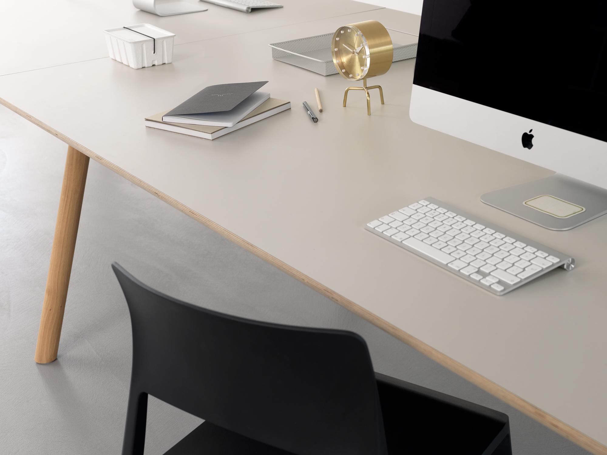 F r das moderne b ro node design tisch interiorpark for Designer tischplatten